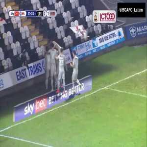 Bradford 1-0 Grimsby Lee Novak bicycle kick