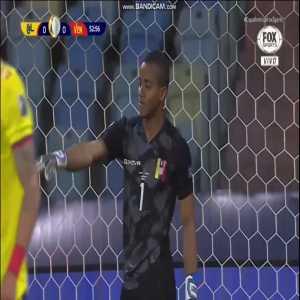 Fariñez (Venezuela) great save vs Colombia