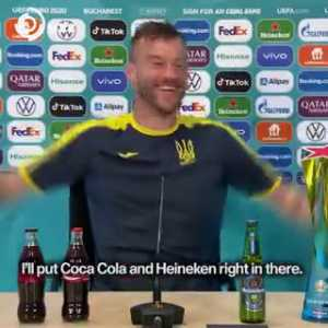 Yarmolenko's take on the presence of Coca Cola during post match conferences