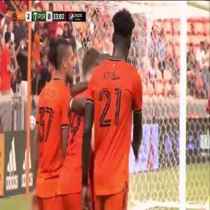 Houston Dynamo [2]-0 Portland Timbers - Tyler Pasher 32'