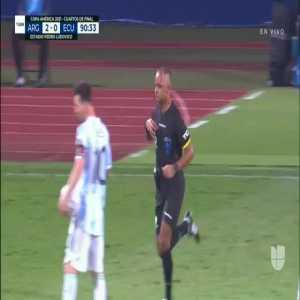 Hincapiè red card vs Argentina 90+1'