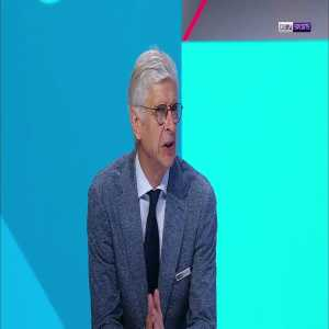 """Wenger on the penalty: """"No penalty. I don't know why they didn't ask the ref to take a look. In a moment like that it's important that the referee is absolutely convinced, it was not clear enough. VAR has let the referee down."""""""
