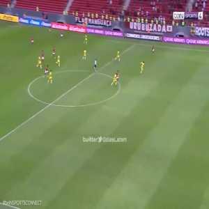 Flamengo [4]-1 Defensa y Justicia - Vitinho 90+4' (5-1 on agg.)   CONMEBOL Copa Libertadores