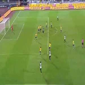 Partizan 1-0 Dun Streda - Lazar Markovic 19'