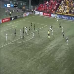 Zalgiris 0-1 Ferencvaros [0-3 on agg.] - Ryan Mmaee 44'