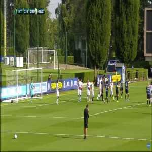 Inter 1-0 Crotone - Martín Satriano 10'