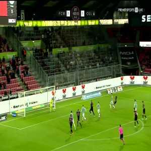 Midtjylland [2]-1 Celtic (3-2): Raphael Onyedika ET94'