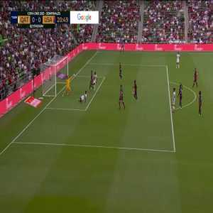 Matt Turner incredible save for USMNT vs. Qatar - 21'