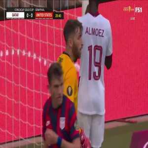 Matt Turner (United States) great save vs Qatar 21'