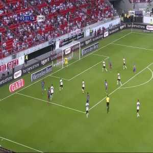 FC Barcelona [2] - 0 Stuttgart - Yusuf Demir 36'