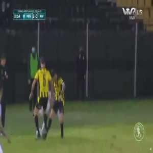 River Plate (UY) 0-[2] Peñarol - 31' Facundo Torres