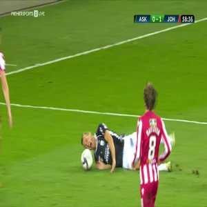 LASK [1]-1 St Johnstone: Mamoudou Karamoko penalty 60'