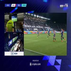 Atalanta 0-1 Fiorentina - Dusan Vlahovic penalty 33'