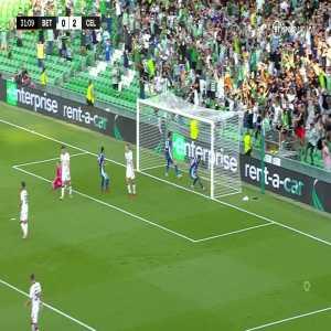 Real Betis [1]-2 Celtic: Juan Miranda 32'