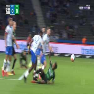 Hertha Berlin 0-1 Greuther Furth - Branimir Hrgota penalty 57'