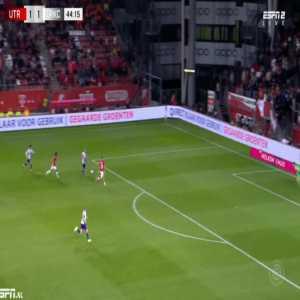 Utrecht 1-[2] Waalwijk - Alexander Buttner 45'