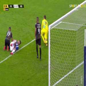 FC Porto 1-0 Moreirense - Mehdi Taremi penalty 34'