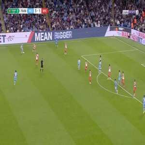Manchester City [4]-1 Wycombe - Ferran Torres 71'