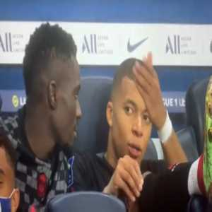 """[Lowy] After Neymar provided the assist for Julian Draxler's goal, Mbappé was spotted complaining to Idrissa Gana: """"This bum doesn't pass me the ball."""""""
