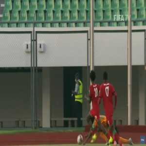 Ivory Coast [2]-1 Malawi - Franck Kessie penalty 66'