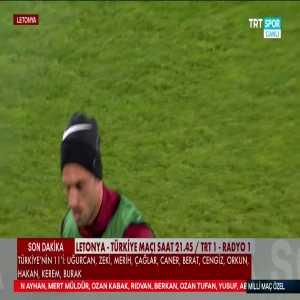 [TRT Spor] Yazıcı motivates his teammate before the game