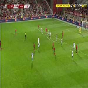 Portugal 5-0 Luxembourg - Cristiano Ronaldo 87'