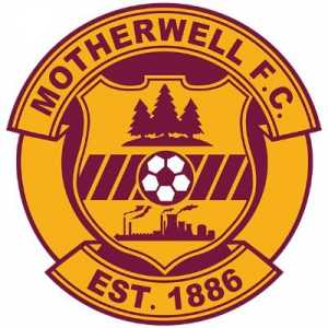 [Motherwell FC] Motherwell vs Celtic is suspended due to an injury to referee Willie Collum. The fourth official is preparing to replace him.