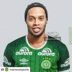 Ronaldinho joins Associação Chapecoense de Futebol for free! (Confirmed)