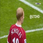 5 minutes of Paul Scholes watching his best goals with Gary Neville (and showing complete indifference)