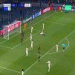 Marquinhos calls for a penalty