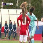 Ella Ljustina (Switzerland) and Pamen Tchato (Russia) exchanging punches in a Women U17 EC qualifier's match