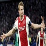 [Gerard Romero] : Ajax believes De ligt's value has risen in recent days. His agent is asking more money in wake of more interesting offers the player has who is demanding a leading role. Barcelona at the moment, can not agree to new demands.