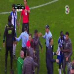 Skirmish during Porto-Sporting (+Corona red card)