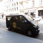 Borussia Dortmund van spotted in front of a hotel in Place Vendôme (Paris), possible transfer undergoing between between PSG and Dortmund.