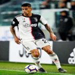 Man City still wants to bring Joao Cancelo. The English club has already reached an agreement with Jorge Mendes. M.Sarri, who is in advanced discussions with Juve, is not against letting him go. He wants a backline of 4 great defenders.