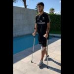 Marco Asensio reappears on crutches after operation Asensio has posted a video on Instagram which shows him walking with the aid of crutches as he recovers from a long-term injury.