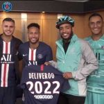 OFFICIAL: Deliveroo becomes a partner of Paris Saint-Germain. So now PSG fans can chose to have their food delivered to their seat at Parc des Princes.
