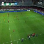 Bizarre scenes in Mexico as Veracruz allow their opponents Tigres to score in protest over unpaid wages.
