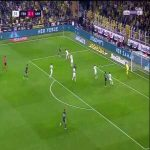 Fenerbahce [3]-1 Konyaspor - Ozan Tufan 27'