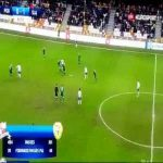 Absolutely ridiculous ping-pong performance seen in Polish Ekstraklasa