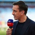 Gary Neville has a political dig at former UK primer minister David Cameron on Twitter.