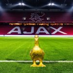 Ajax posted a picture of a golden goose (or duck) on their Instagram account. In the comments fans are saying this tease is linked to Pato since his nickname is 'The duck'.