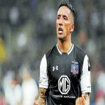 Lucas Barrios will sign for Maradona's Gimnasia y Esgrima La Plata