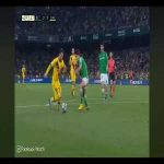 Penalty shout from Barcelona against Betis - not given by the referee