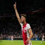 Klaas-Jan Huntelaar has now scored 400 goals for club and country, including 151 for Ajax