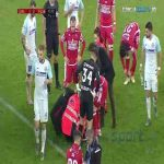 Slavko Perovic (Dinamo Bucuresti) gets knocked out