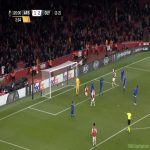 Aubameyang's miss tonight was so unbelievable that several of the Olympiacos players look like they had already admitted defeat before they realized what happened.
