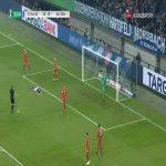 Guido Burgstaller (Schalke) hits the crossbar vs. Bayern München (12')