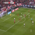 Leverkusen 4-0 Frankfurt - Paulinho 55'