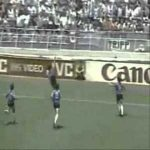 Argentina [1]-0 England: Maradona Goal 51'